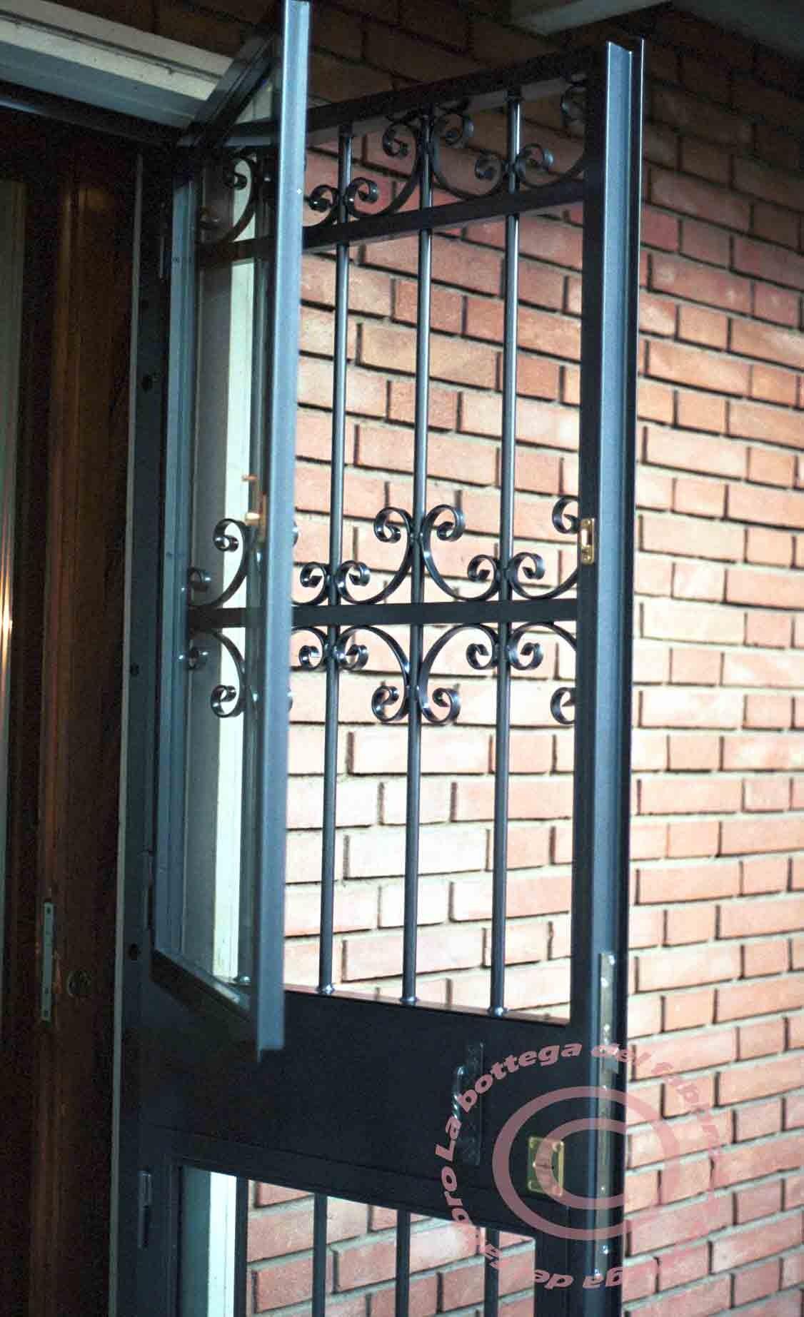Portoni in ferro battuto e vetro rt83 regardsdefemmes - Cancelli per porte finestre ...